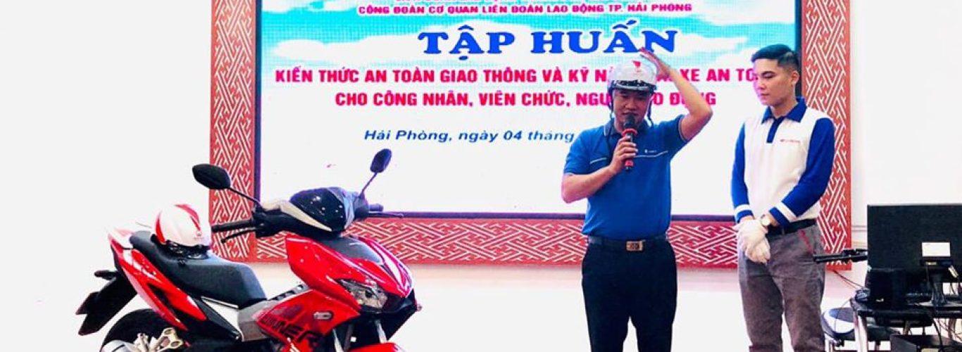 Tập huấn kiến thức ATGT và kỹ năng lái xe an toàn cho công nhân viên Liên đoàn Lao động Hải Phòng